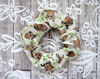 Sloths Scrunchie - Beige Scrunchy / Lazy Sloths Pattern / Illustrated Fabric / Large Cotton Scrunchie / Sloth Lover Gift / Trendy Accessory