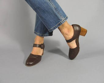 Vintage 90s Mary Jane Shoes  / Brown Leather Shoes / Stacked Heel Shoes Δ size: 7.5