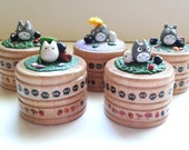 Round Totoro Wooden Ring / Pill / Gift Box - with soots and leafs