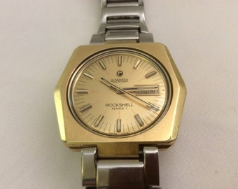 Vintage 1960's Roamer Rockshell  Automatic Watch. Swiss 23 Jewel MST 451.  Day, date. Goldplated case w stainless steel band. Runs great.