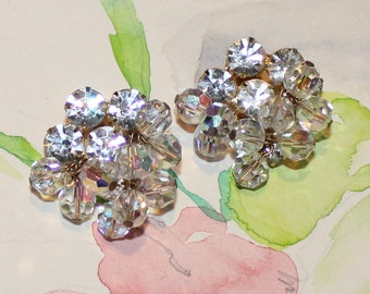 Gorgeous, Vintage Juliana, Delizza and Elster, Rhinestone and Iridescent Beaded Earrings