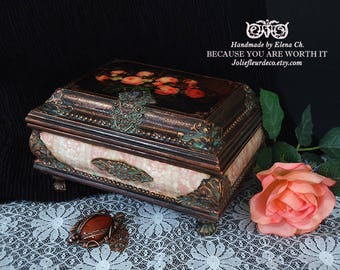 Antique jewelry box Wood jewelry storage Handcrafted jewelry box with roses Antique home decoration Handmade box Distressed trinket box