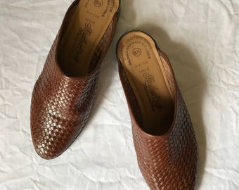 Vintage Brown Leather Woven Flat Mule Slip On Shoe Leather Craft Size 8.5