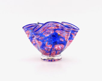 Hand Blown Art Glass Bowl in Pink