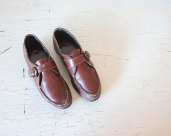 worn dexter leather loafers / 8-8.5