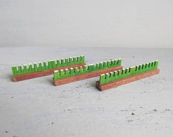 Vintage Dregeno Miniature Hedges - Horse Race Jumps - Dregeno Hedges x 3 - Dregeno Hedges