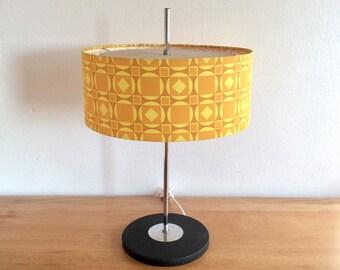 Besigheimer Leuchten (Richard Essig) Type 325 mid century modern design table lamp in black and chrome and three shades of yellow lampshade