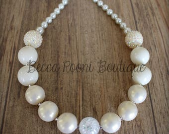 Fabulous Pearl Colored Bead Chunky Bubblegum Necklace, Bubblegum Necklace, chunky necklace, Ivory Bubblegum Necklace