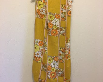 Vintage Bed Sheet, Wabasso Twin Fitted Sheet, Mustard Yellow Floral Sheet, Vintage Bedding, Twin Fitted Sheet