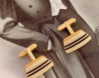 Cufflinks Cuffs, Great Groomsman Gift, Graduation Gift, Gilded Finish, Mother of Pearl, Accessory for Men, a Suit Supplement Must, Chic