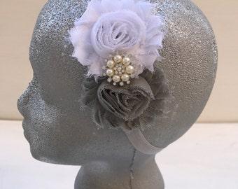 White&grey flowers headband~Flower girl~Wedding ~Prop~Photo prop~Photography prop~Christmas headband~Gift ~Toddler~Hair accessory~Baby girl