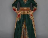 THE ZHARA Dashiki Maxi Dress in Forest Green