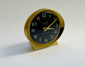 Vintage Retro Wind Up Clock in Gold and Cream