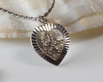 St. Christopher Small Heart Sahped Silver Pendant Raised Details on 925 Silver Chain Necklace