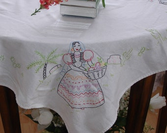 Linen hand embroidered table topper, table cover, embroidered Mexican couple, South western decor, hand made, 1940s, square tablecover