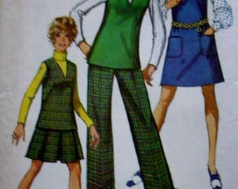 Simplicity 8357/  Dress or Top Sewing Pattern / Jumper/ Pants / Skirt /1960s/ Bust 34 Size 12MP