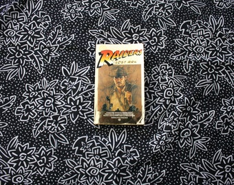 Indiana Jones Raiders Of The Lost Ark Novelization Paperback First Edition Book By Campbell Black. Steven Spielberg Harrison Ford Movie Book