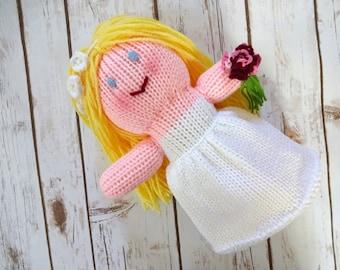 Blonde Bride Doll with White Flower Headband, Yellow Hair and Blue Eyes, Children's Stuffed Toy, Flower Girl Gift, Wedding Decor, Decoration