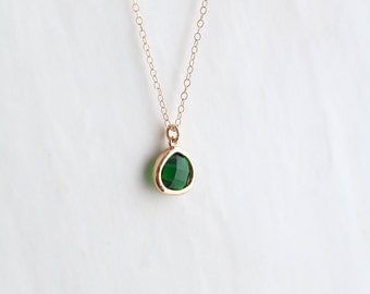Emerald Necklace - Necklace - Gold Necklace - Stone Necklace - Emerald Birthstone Necklace - Pendant Necklace - Green Quartz Stone Necklace