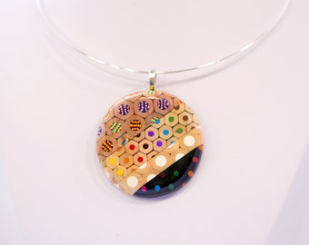 Ring necklace from colored pencils