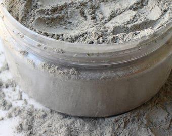 Bentonite Clay Mask - Vegan, Organic, All Natural, Palm Oil Free, Alcohol Free, Paraben Free