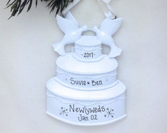 FREE SHIPPING Wedding Cake Personalized Christmas Ornament / Personalized Ornament / Wedding Ornament / Our First Christma