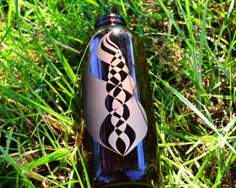 Octaves of Sound - Hand Etched Glass Bottle 16 oz. : Sacred Geometry, Enhance the Water, Raise the Vibration, Energy, Frequency, Love, Life