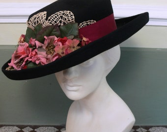 1970s Vintage black hat with flowers and doily