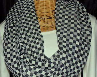 Checkered Infinity Scarf
