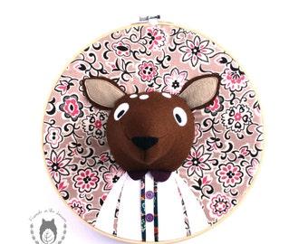 Custom doe embroidery hoop wall art, 3D deer portrait, wall art, nursery decor, animal portrait, wall hanging, woodland themed bedroom