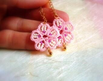 Cherry blossom lace earrings   sakura   hanami   tatted flower jewelry   tatting   frivolité   Japan   wedding jewelry