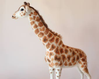 Needle felted Giraffe. Needle felted Animal. Needle felted soft sculpture. Safari animals. Ready to ship