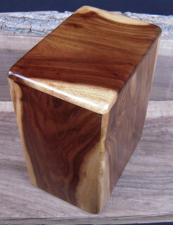"Hawaiian Kou Memorial Cremation Urn  7"" x 5"" x 9""  Large Adult Cremation Urn Ashes  Koa and Kou are Different Wood Species KOU042617-1"