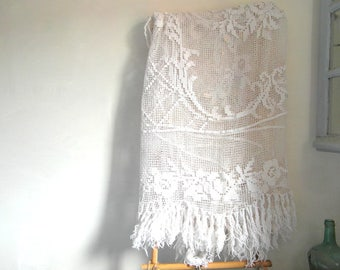 Antique filet lace curtain, French net curtain, coverlet, bedspread, French linens, French vintage, French antiques, French linens.