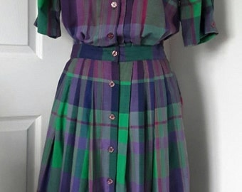Vintage Purple Green Check Dress / 80s Button through Dress / Cotton Day Dress / Embroidered Neckline / Size Small