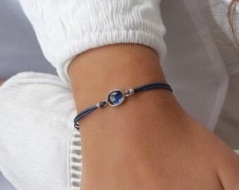 Blue kyanite bracelet in sterling silver Minimalist cord bracelet Dainty bracelet Boho chic jewelry Blue gemstone bracelet