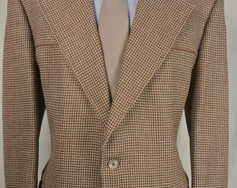 1970's Johnny Carson Brown/Tan Houndstooth Two Button Sport Coat Men's Size: 44L