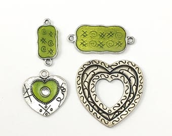 4 connectors  charms green enamel & silver tone  26mm x 38mm CON 129