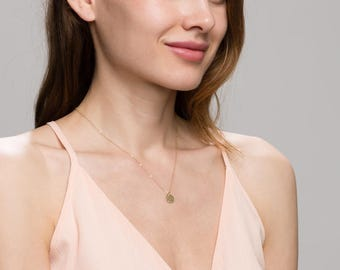 Hammered Coin Disc Circle Necklace /  14K Gold filled necklace, Minimalist jewelry  EN019