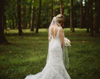 Waltz length Wedding Bridal Veil 54 inches white, ivory, Wedding veil Long bridal Veil Waltz floor length veil bridal veil cut edge veil