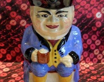 Devonmoor Toby Jug bleu 1913-1914, les initiales «Liverton Art Pottery» John Vernon