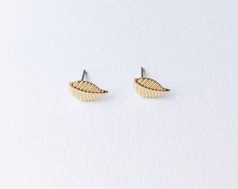 CLEARANCE - Gold Leaf Earrings - Gold Leaves - Leaf earrings - Gold earrings - Cute earrings - Dainty earrings - Boho earrings