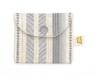 Snap coin pouch, mini pouch for stitch marker storage