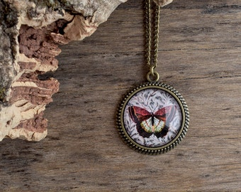 Maroon butterfly necklace, Woodland necklace, Red brownish butterfly pendant necklace, Vintage butterfly jewelry, Glass dome necklace WJ 005