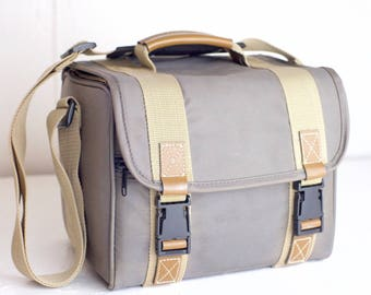 Full Size Camera Bag with Strap - Beige / Tan