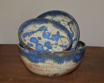 Bowl set, mixing bowls, serving bowls, stacking bowls, vegetable bowl, pasta bowl, pottery bowls, blue bowls, kitchen bowls