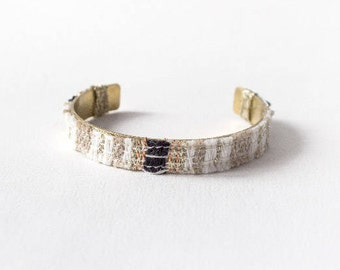 BALANCE Bracelet cuff Gaia weaving natural fibers on black, beige, white brass ring