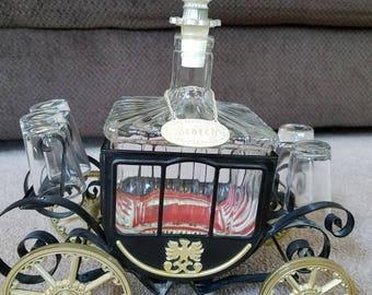 Vintage scotch carriage decanter music box