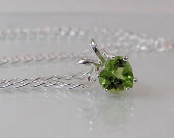 Peridot Heart Necklace in Sterling Silver, Arizona Peridot Gemstone 6mm, Heart Jewelry, Peridot Pendant, August Birthstone, Green Necklace