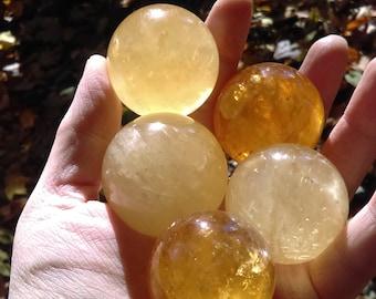 Natural Citrine Crystal Sphere Orb Ball Gemstone Quartz Crystal Sphere 30-40 mm